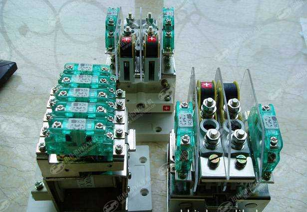 铁路信号继电器